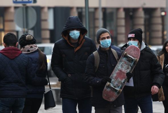 H1N1 ვირუსის გამო ერევნის ქუჩებში ხალხი სამედიცინო ნიღბებით დადის