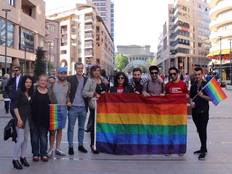 არასამთავრობო ორგანიზაცია PINK Armenia-ს აქტივისტები