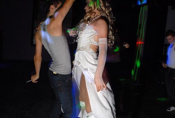 კერძო ტრანს-წვეულება ერევნის ერთ-ერთ ღამის კლუბში